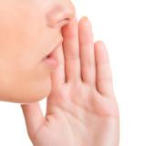 Jak objawia się zapalenie jamy ustnej?