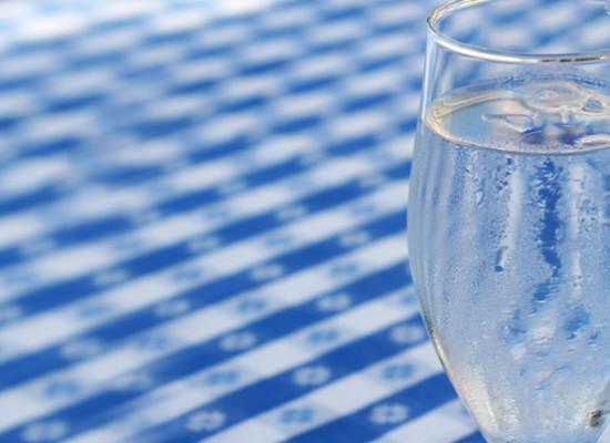 Pozbycie się nadmiaru wody w organizmie – 1 krok w odchudzaniu