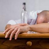 Detoks alkoholowy dla osób z problemem alkoholowym